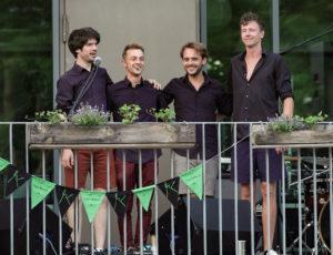 Moritz Kruit & Band nach dem Auftritt im HDJ Itzehoe